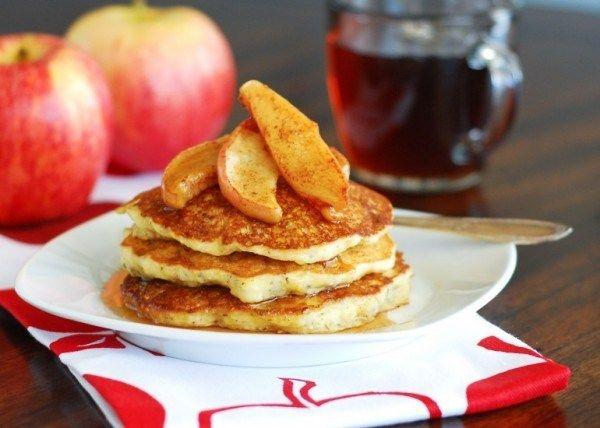 Картинки по запросу оладьи с яблоками