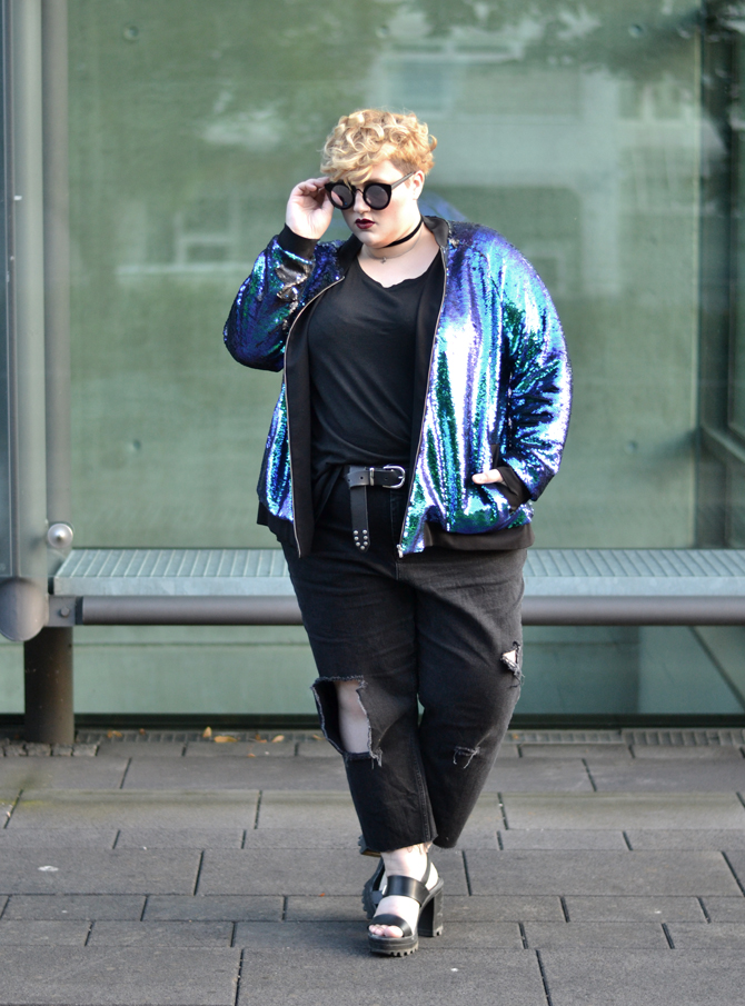 Dressing Outside The Box: the sequin bomber part 1 // 90s kid