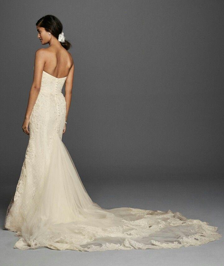 Dramatic Venice Lace Column/Sheath Silhouette Wedding Gown ...