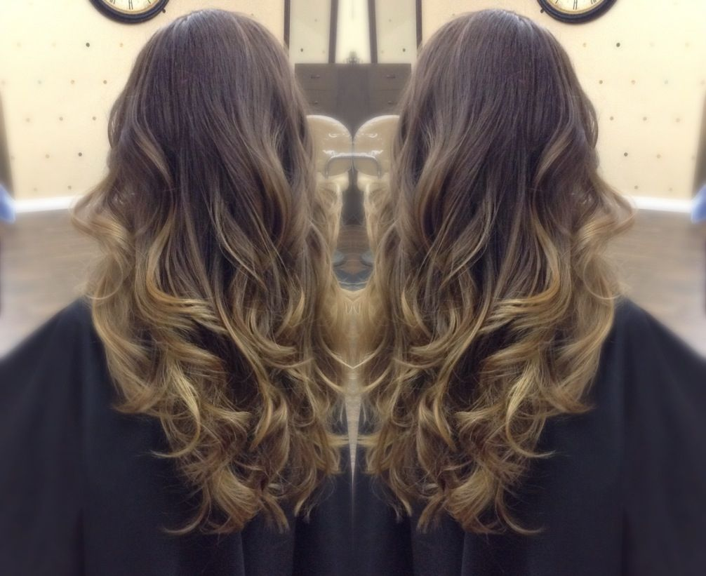Sombre Soft Ombre Highlights By Julie Shelly Tasaris Salon Vacaville Ca Follow On Instagram Jshe Hair Beauty Special Event Hair Balayage Highlights