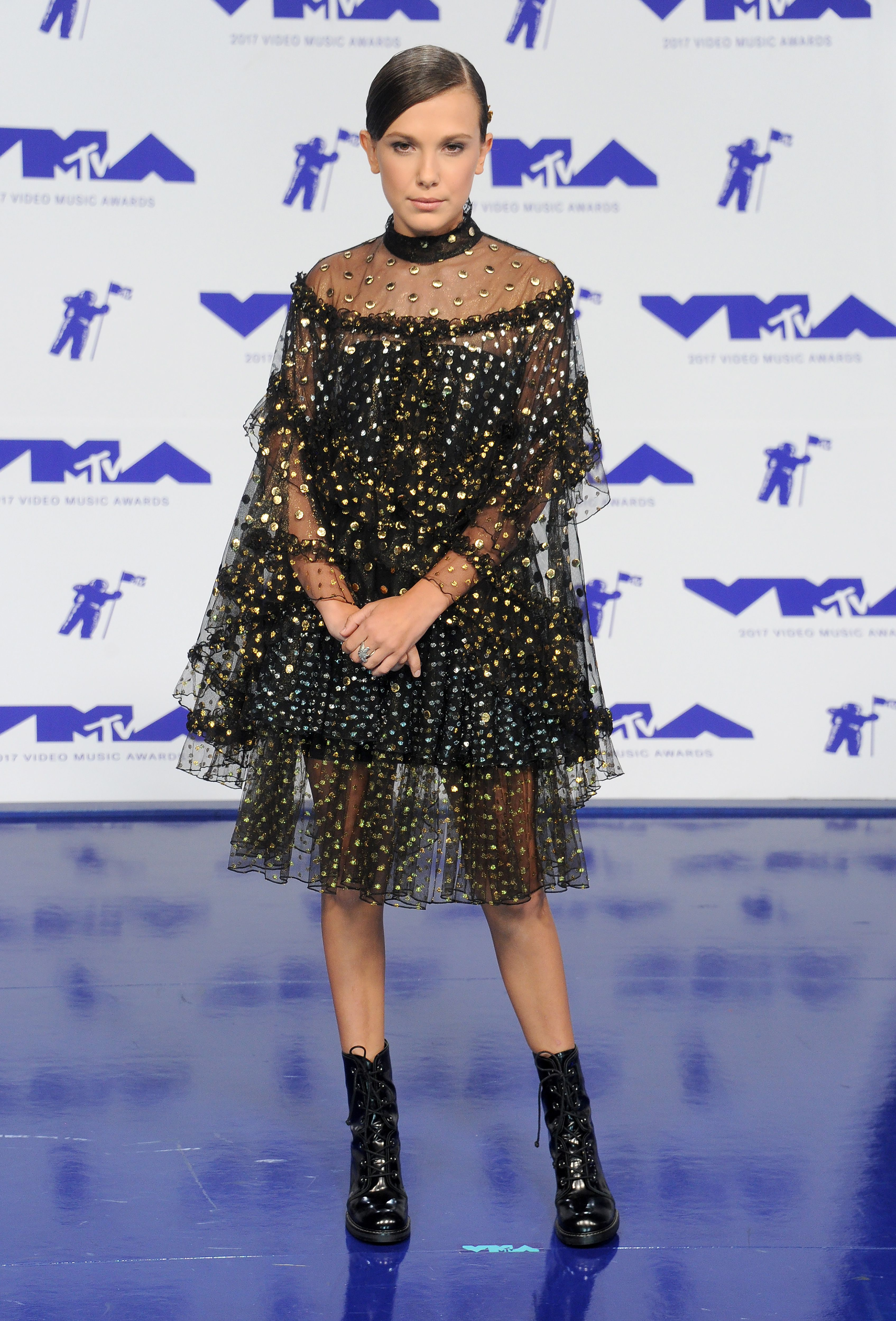 f2019a112e72 All Of Millie Bobby Brown's Outfits From Cute To Cooler-Than-You ...