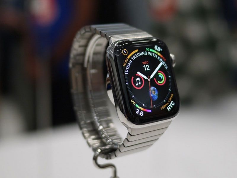 images?q=tbn:ANd9GcQh_l3eQ5xwiPy07kGEXjmjgmBKBRB7H2mRxCGhv1tFWg5c_mWT Smartwatch Lujo