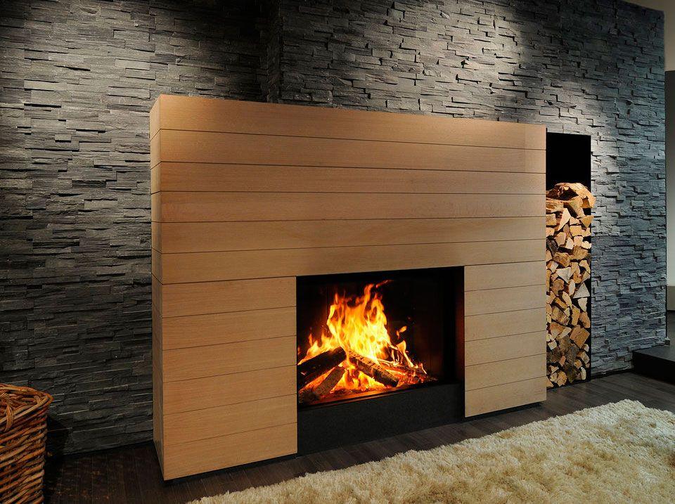 Chimenea piedra y madera con lechero vertical chimeneas - Revestimiento de chimeneas modernas ...