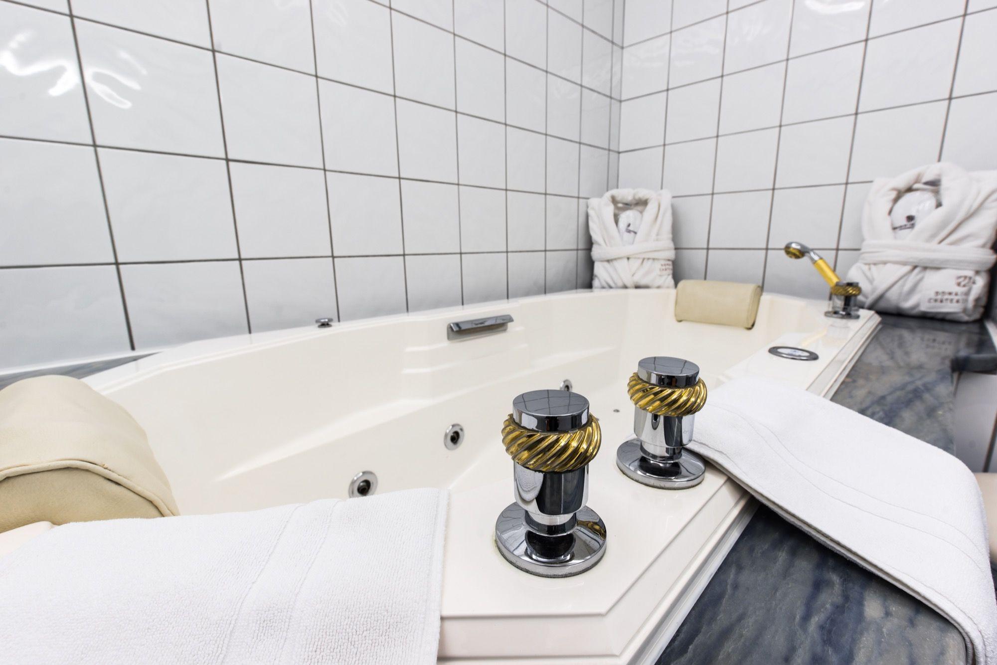 Carrelage Salle De Bain Geneve ~ salle de bain de notre chambre deluxe carrelage robinets aux