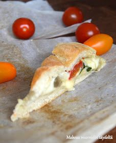 Makeaa murmelin täydeltä: Herkullinen leipä mozzarella-kasvistäytteellä