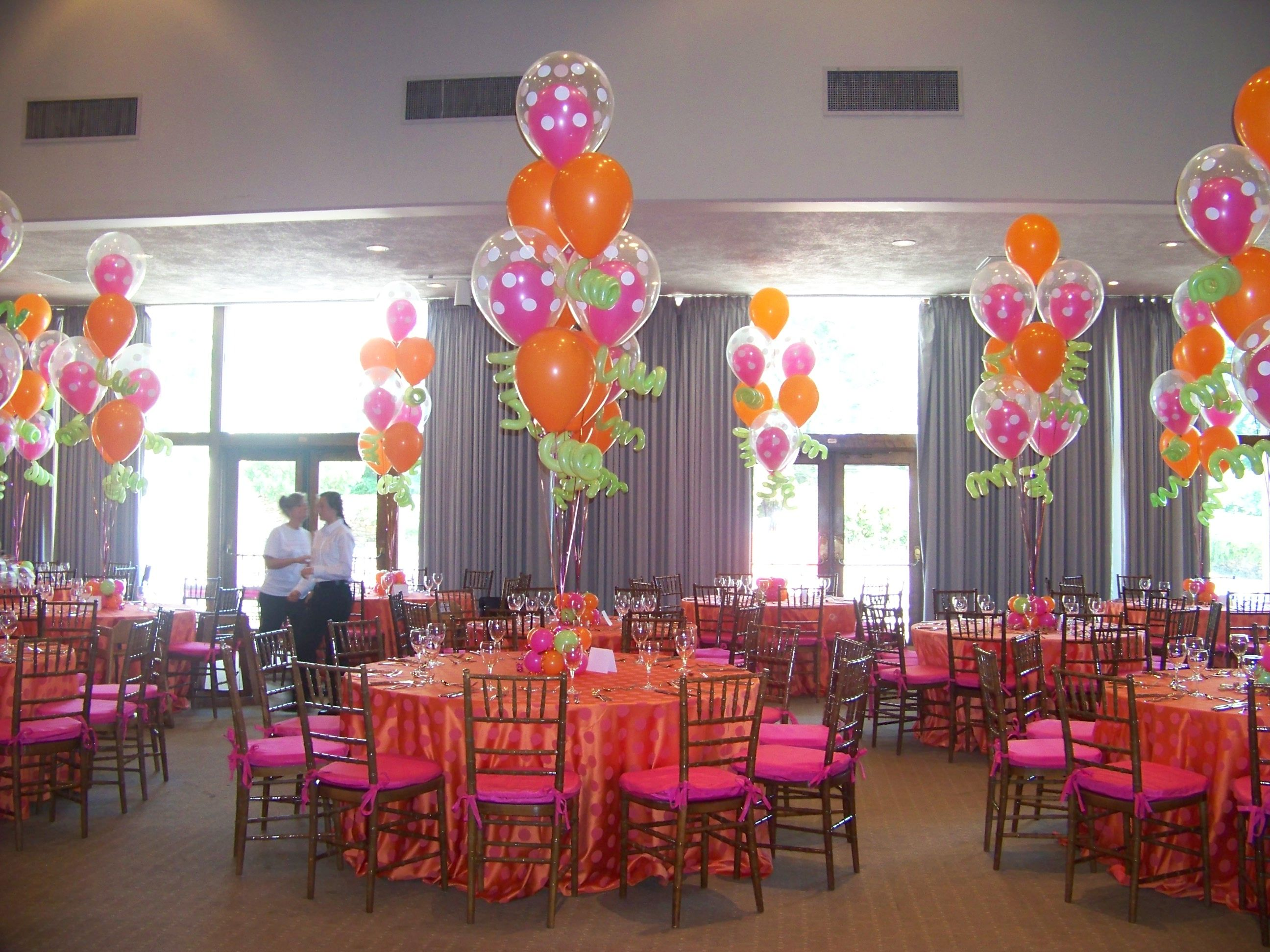 Latex balloon centerpiece hot pink orange with polka