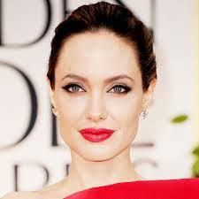 angelina jolie - eye makeup and lipstick color!