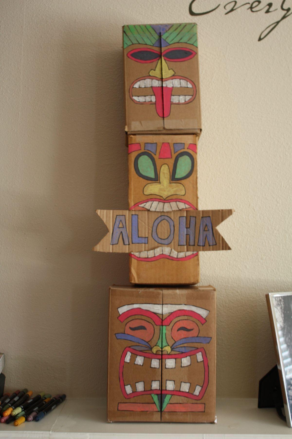Pin By Alejandra Carvajal On Hawaiian Christmas Luau Decorations #hawaiianluauparty