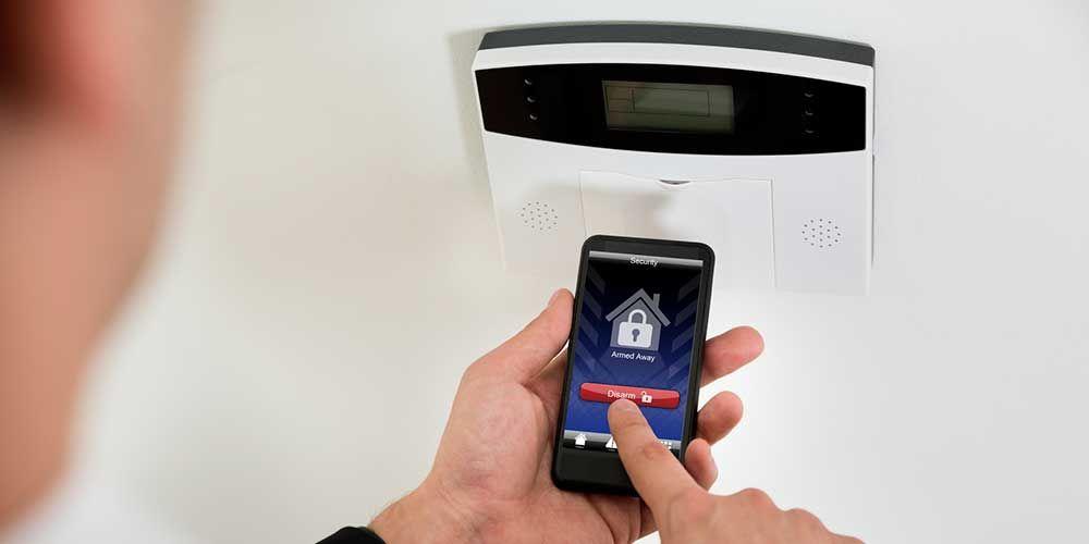 Choisir une alarme de maison Eléctricité / Plomberie Pinterest