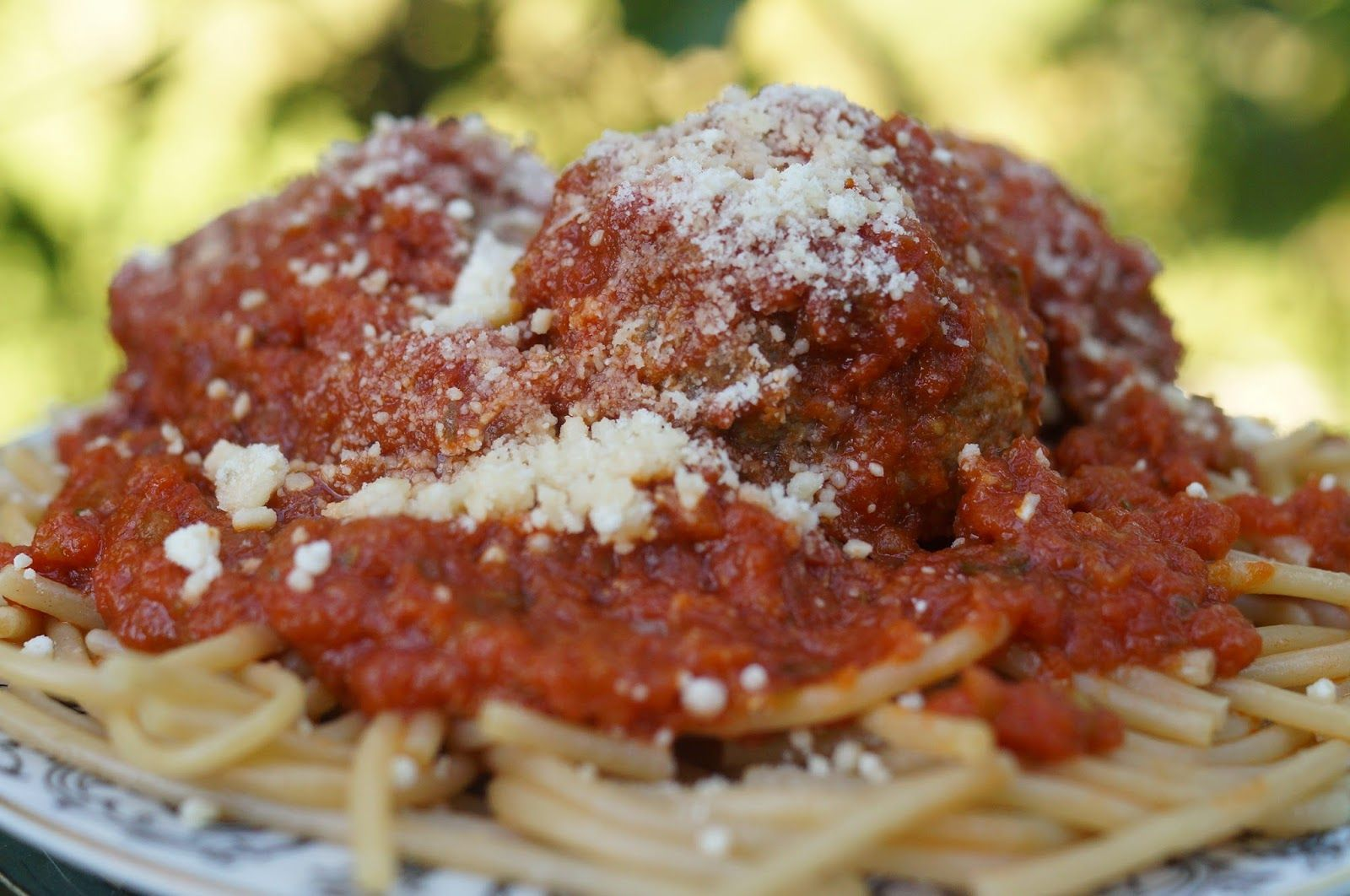 In the Kitchen with Jenny: Spaghetti Meatballs (with Gluten Free Options) #glutenfree @spaghetti #meatballs @inkitchenwjenny