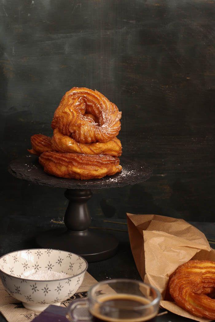 Receta de crullers, los donuts de Canadá