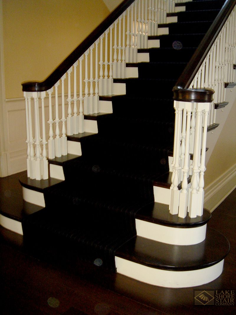 Best Black Carpet Runner On A Natural And White Wood Staircase 400 x 300