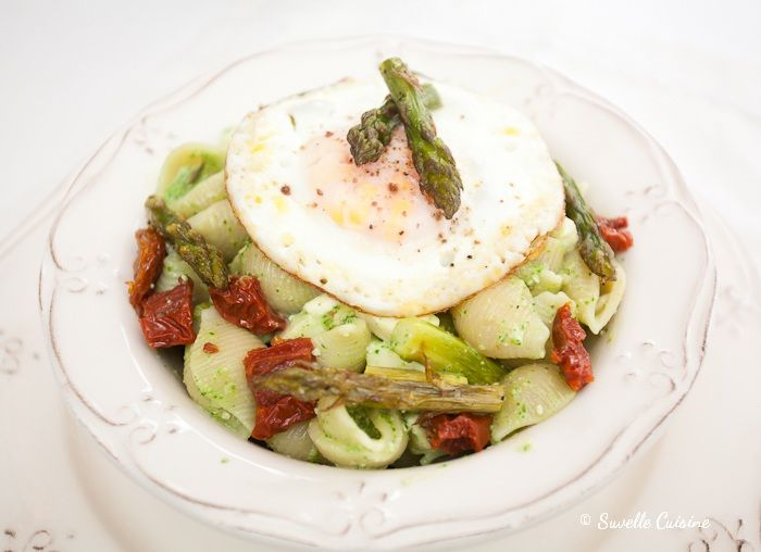 Conchiglie with Pesto and Roasted Asparagus