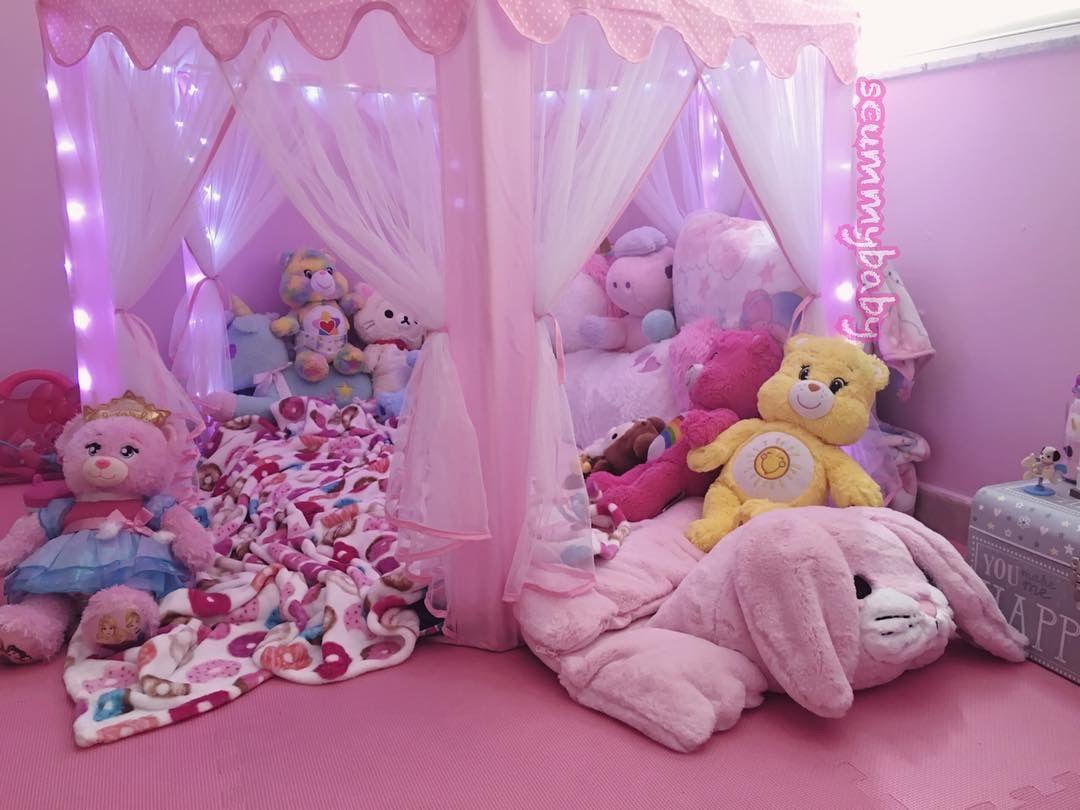 Pin By Claire Ehman On Little Kawaii Room Kawaii Bedroom Cute Room Ideas