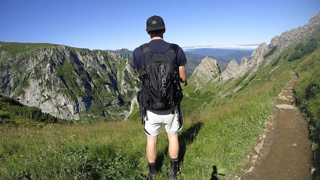 Pod Giewontem Zakopane Giewont Tatry Zachodnie Gory Tatras Tatra Peak Summer Worldplaces Poland Gory Lifeisgreat O Mountains Zakopane Instagram