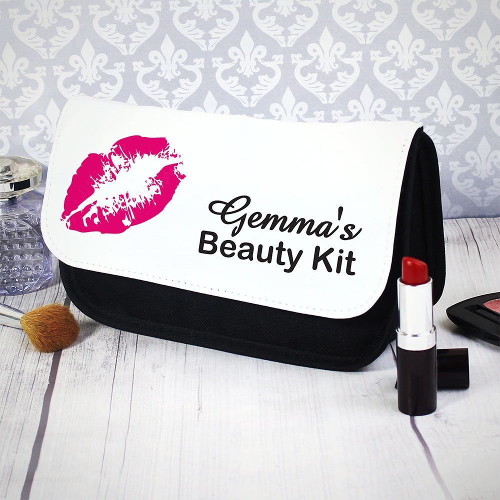 Personalised Bag Gifts - Zazzy Gift -  A robust make up bag perfect for that special someone who loves to look good. This cotton makeup ba - #bag #gift #gifts #Lipsmakeup #lipsmakeupbag #lipsmakeupproducts #lipsmakeupvideo #Personalised #Zazzy