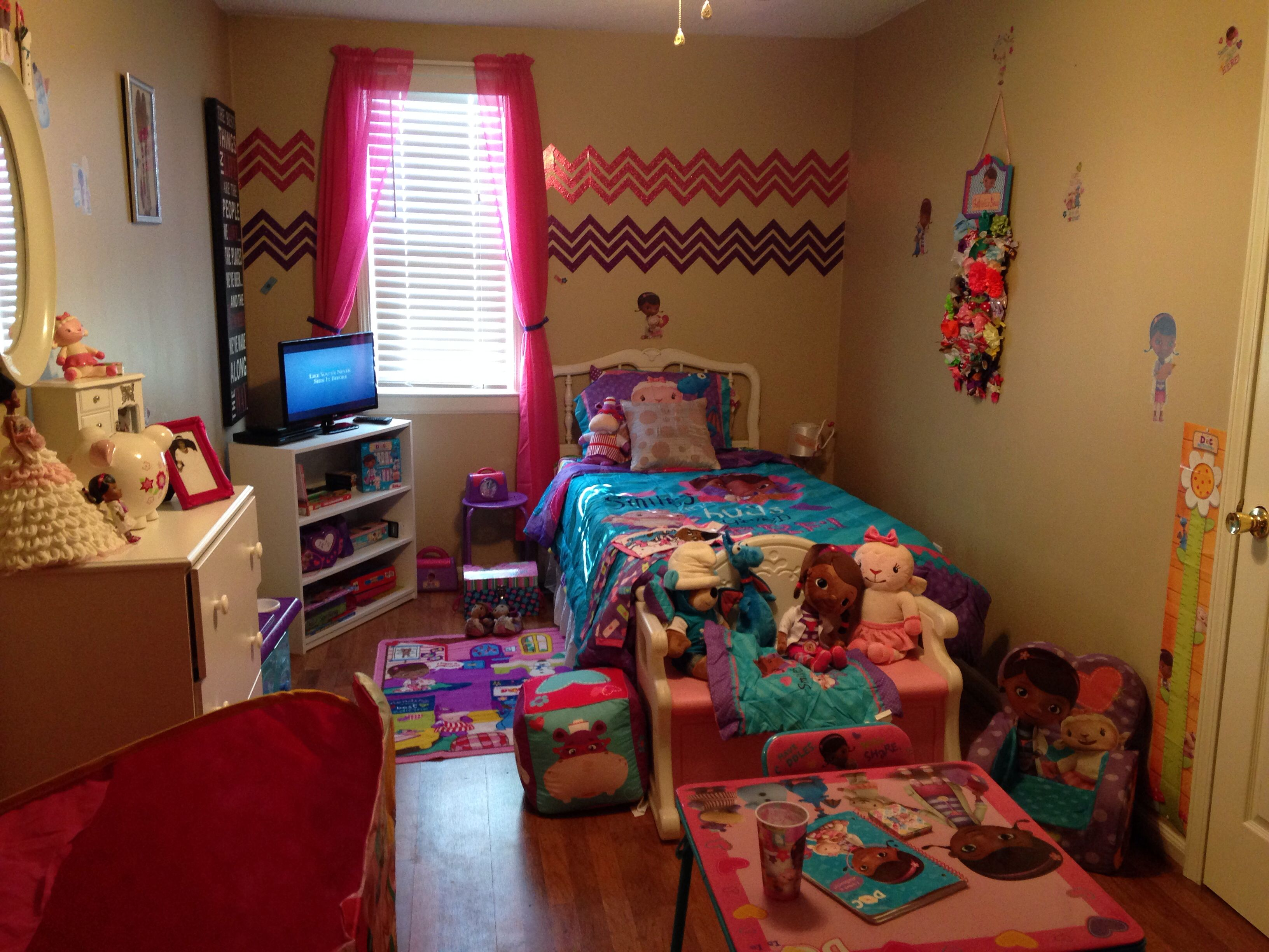 Doc Mcstuffins room & Doc Mcstuffins room | Doc Mcstuffins Bedroom | Game room decor Room ...