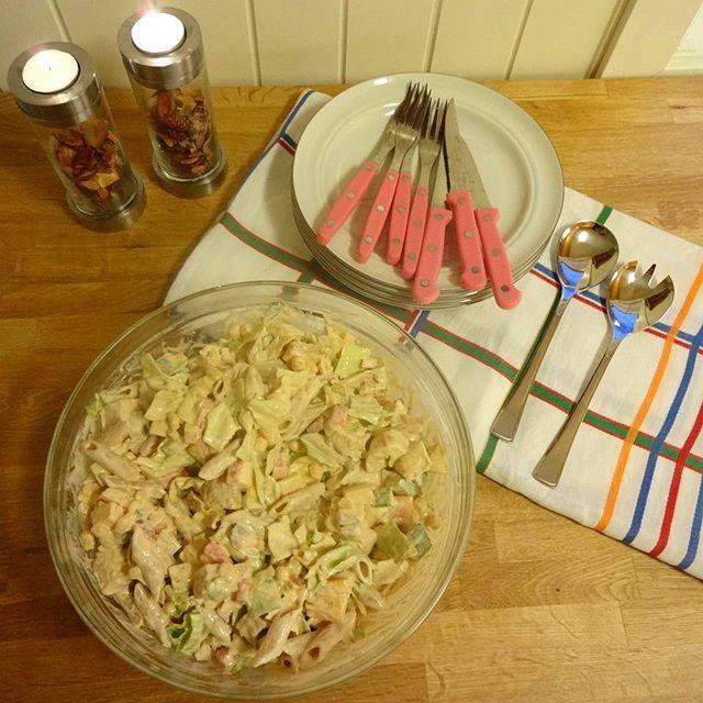 Edel's Mat & Vin : Kremet kyllingsalat med pasta !