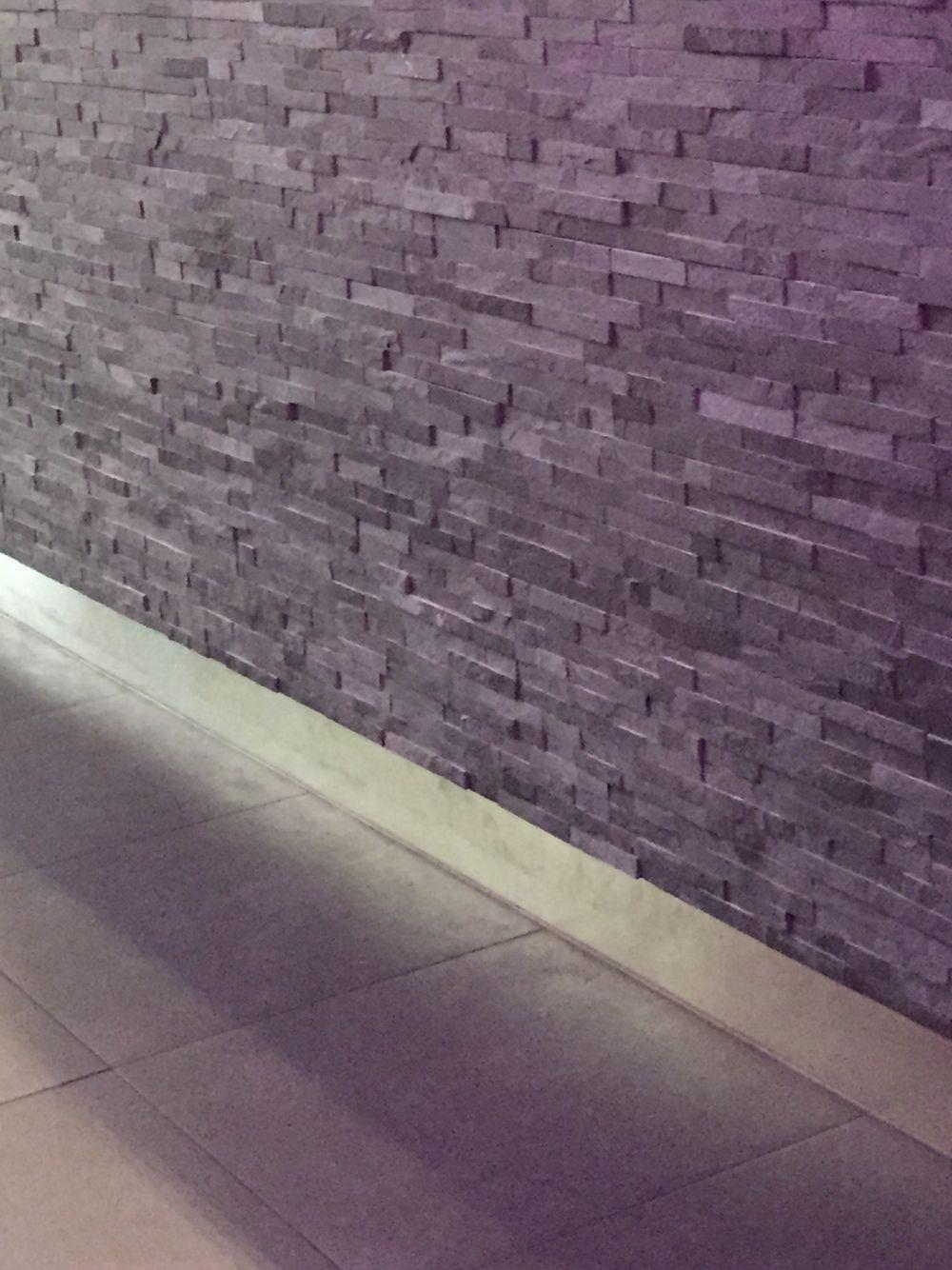 steenstrips stonepanels zwart tv muur pinterest zwart