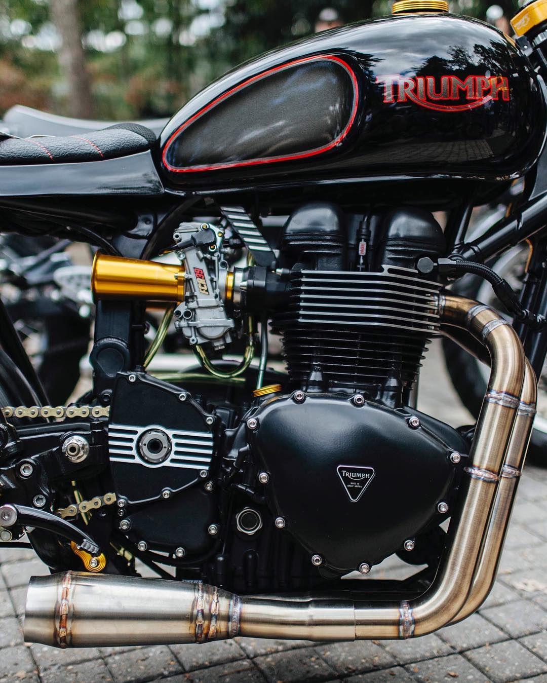 Triumph Bonneville Pre 2016 Engine Kehin Fcr Carburator Rear