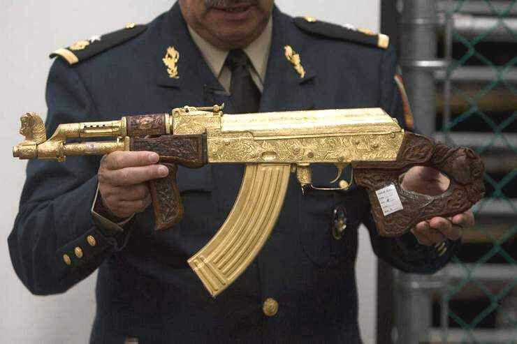 Confiscated Drug Lord S 14k Gold Ak47 With A 14k Gold 30 Round Mag