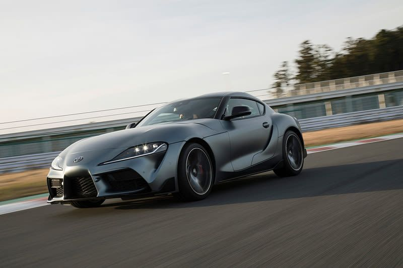 The 2020 Toyota Supra Is Finally Here With 335 Hp Does Zero To 60 In 4 1 Seconds Toyota Supra Toyota Convertible Toyota