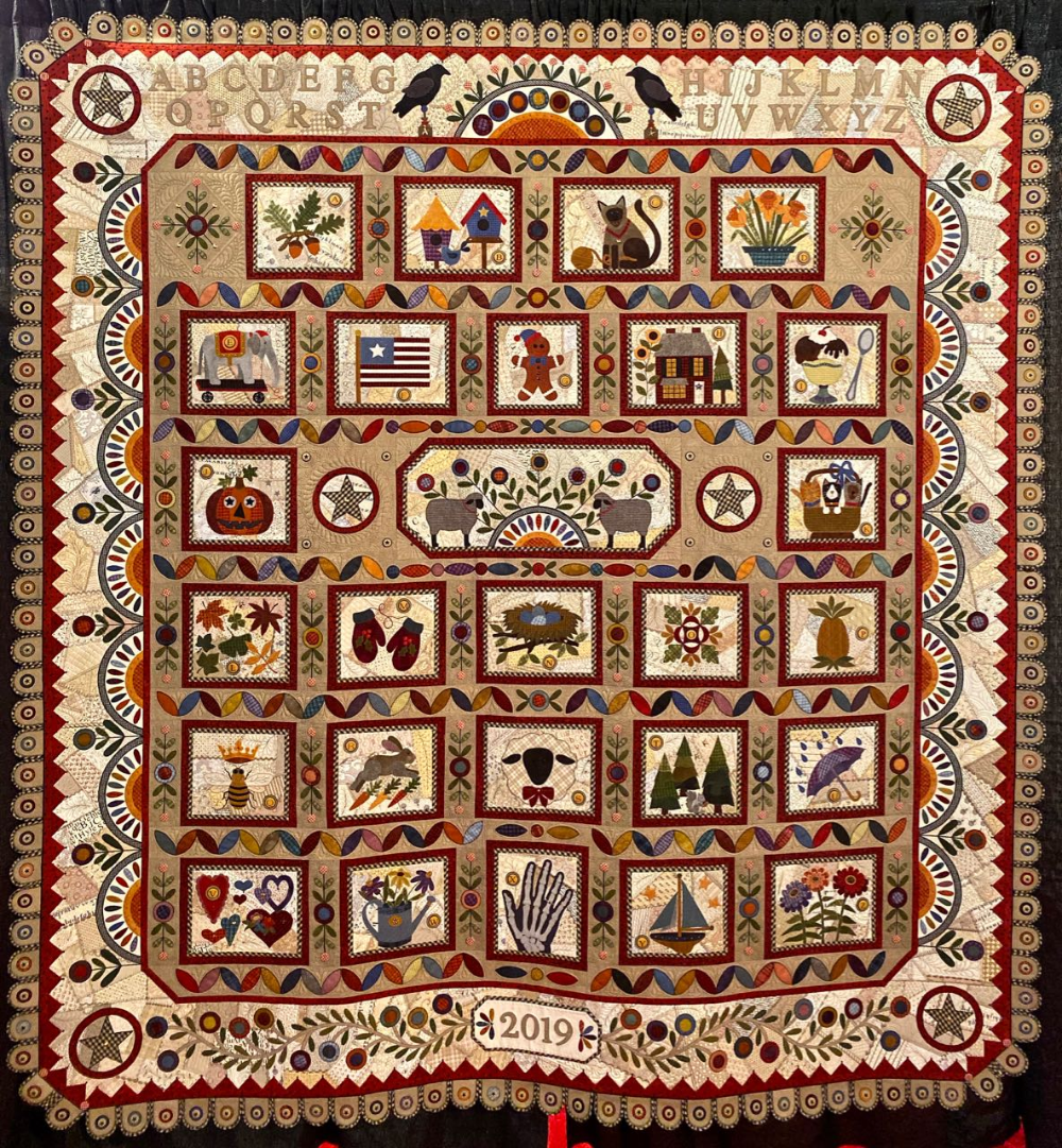 Houston Quilt Show Best of Show 2019   Crazy Four Ewe  a Quilt by Janet Stone is part of Houston quilt show, International quilt festival, The quilt show, Quilts, Quilt festival, Handi quilter - Janet Stone's quilt  Crazy Four Ewe  is a winner in any alphabet
