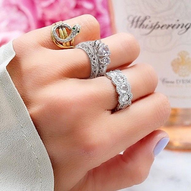 Will you say YES to this Jetoiles 2.5 CARAT Engagement
