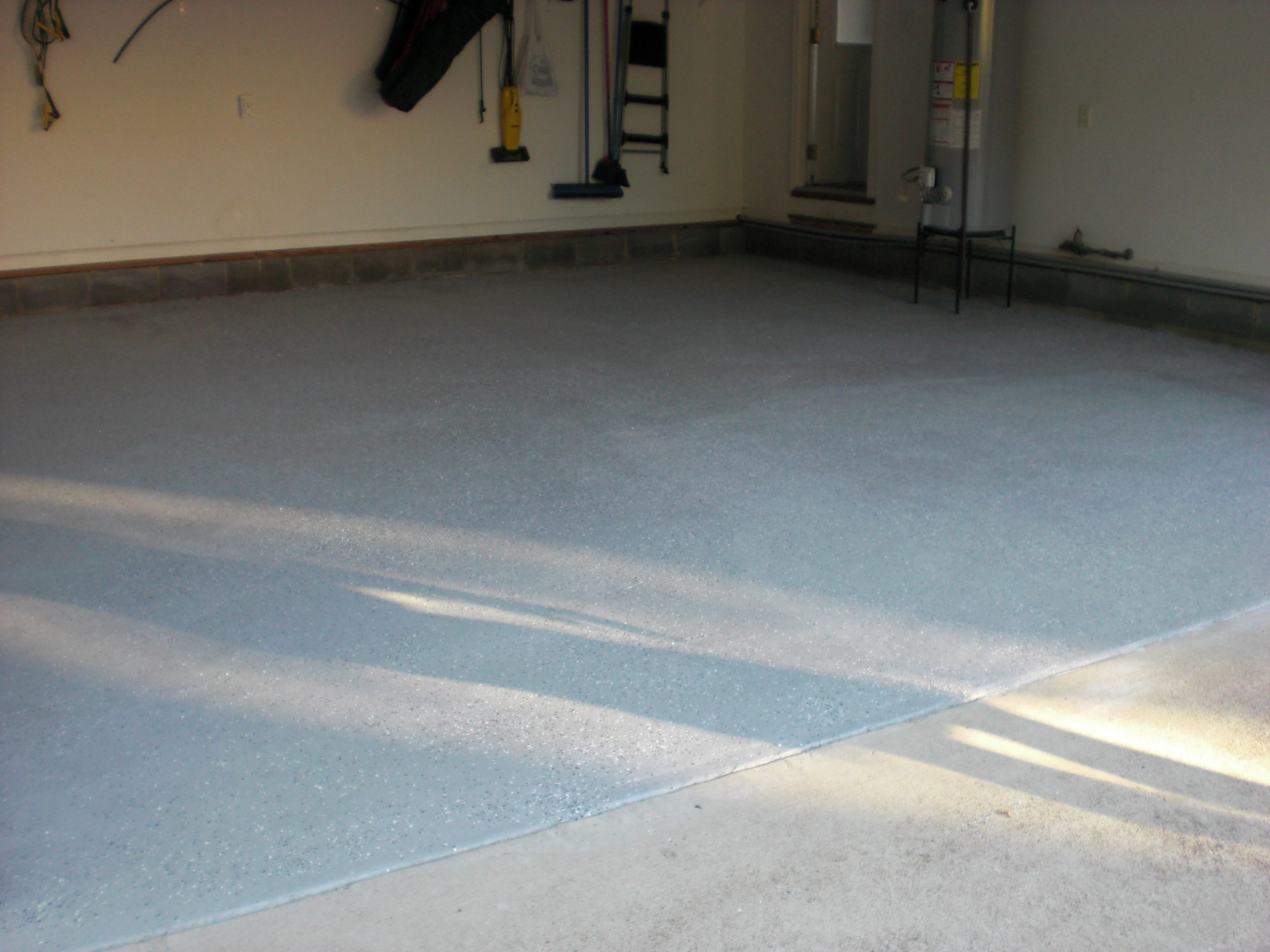Garage Floor With Epoxy In Gray With Gray Flakes
