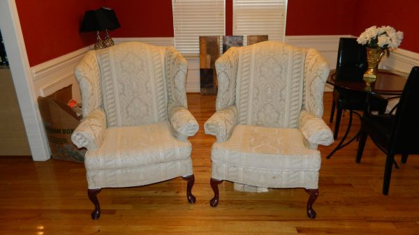 200 Set Of Upholstered Thomasville Wingback Chairs