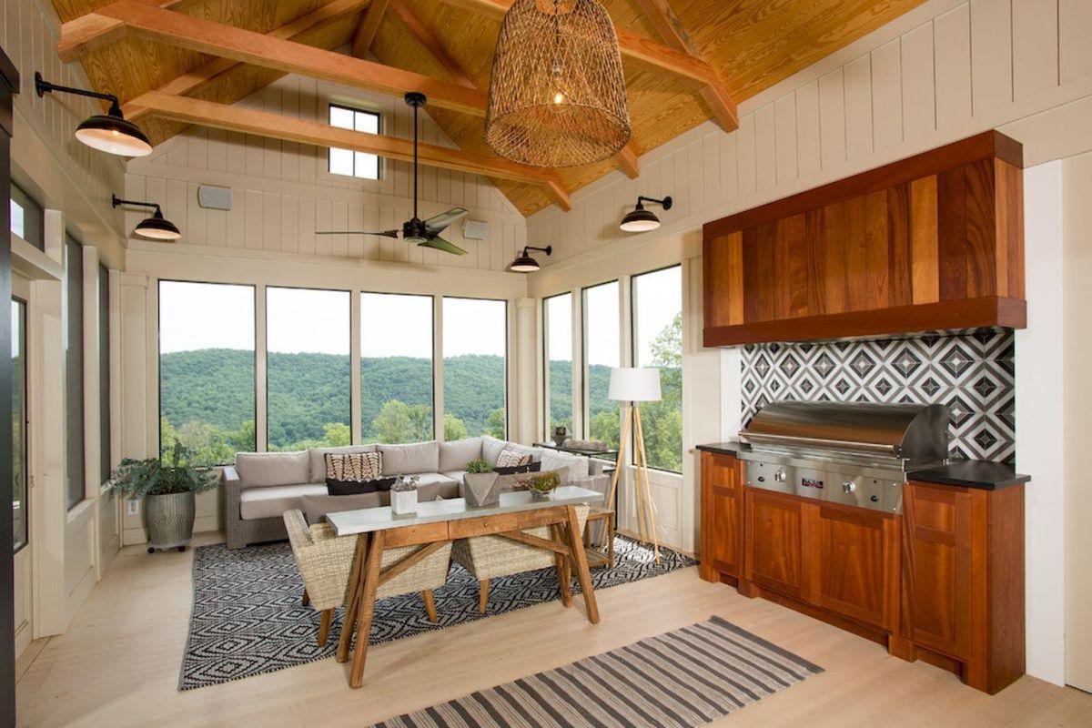 01 Cozy Farmhouse Sunroom Decor Ideas Sunroom designs