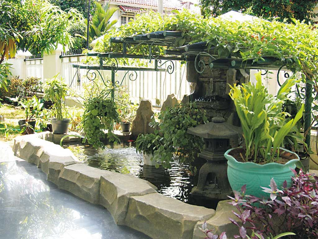 4 contoh desain taman belakang rumah yang cantik planter for Idea untuk garden
