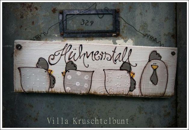 """+Liebevoll bemaltes Türschild mit Hühnern  und der Aufschrift """"Hühnerstall+   *Hühner sind in einer anderern Auktion zu erwerben.*  Bemalung: grautönen  Lieferumfang : 1 Schild"""