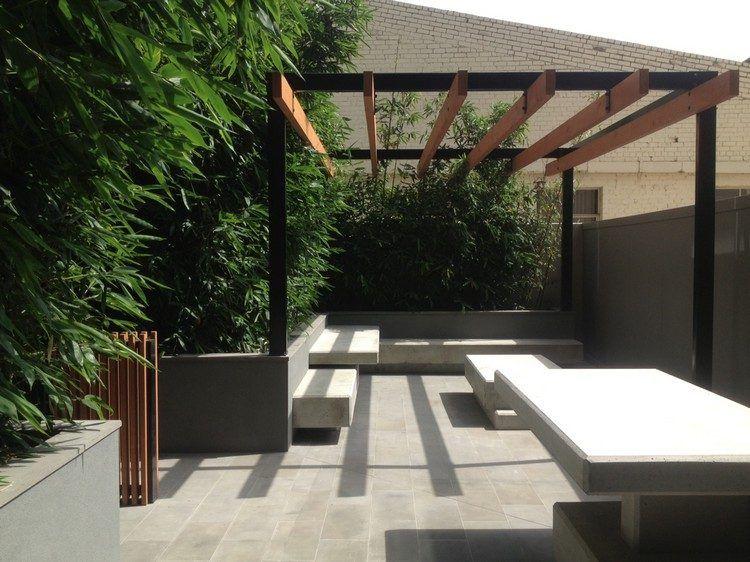 bambuspflanzen in beton hochbeeten und alu pergola. Black Bedroom Furniture Sets. Home Design Ideas