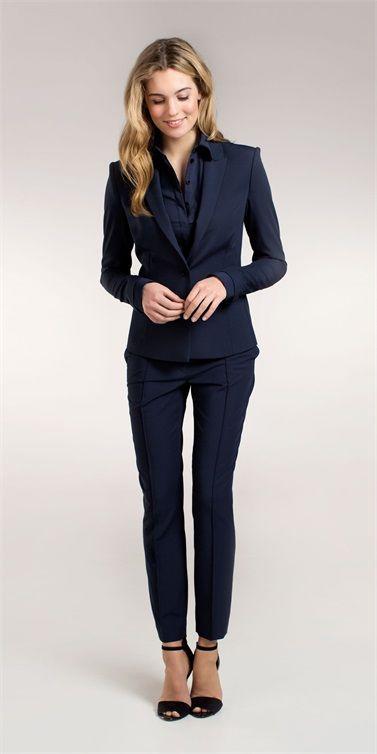 zakelijke outfit vrouw