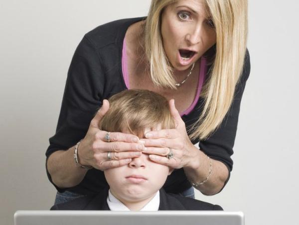 7 cosas que no deben hacer tus hijos al navegar por #Internet.  #familia y #bienestar