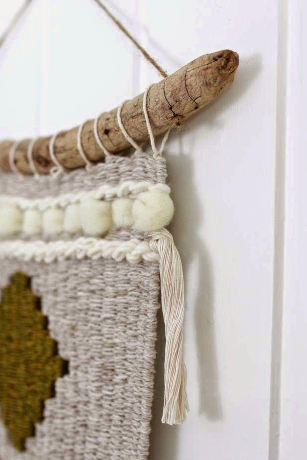 an-magritt: Et stykke kunst av ull og drivved