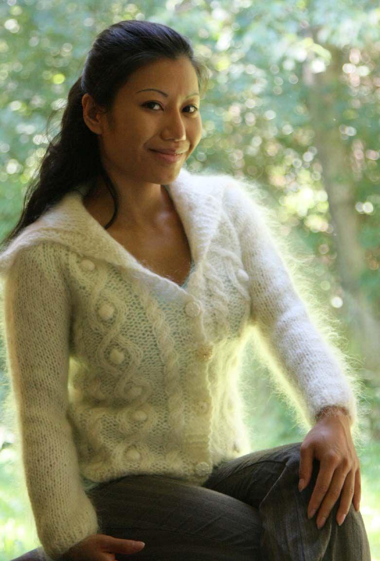 Beautiful Fuzzy Mohair Sweater Here  Retro Mohair -1380