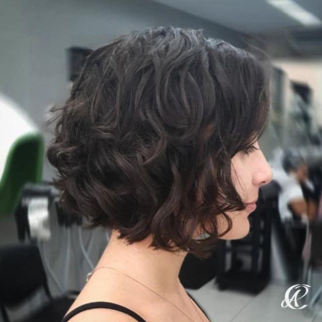 77 Schone Frisuren Schulterlanges Haar In 2020 Frisuren Schulterlang Schulterlanges Haar Langhaarfrisuren