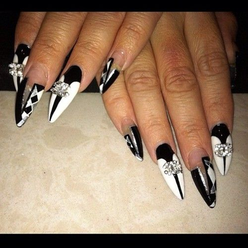 Black White Nails With Images Chanel Nails Beauty Hacks Nails