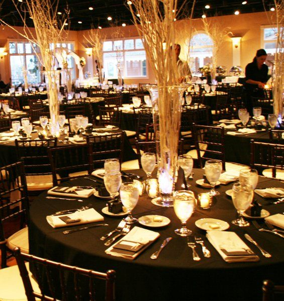 Gold Wedding Reception: Planning & Reception Ideas