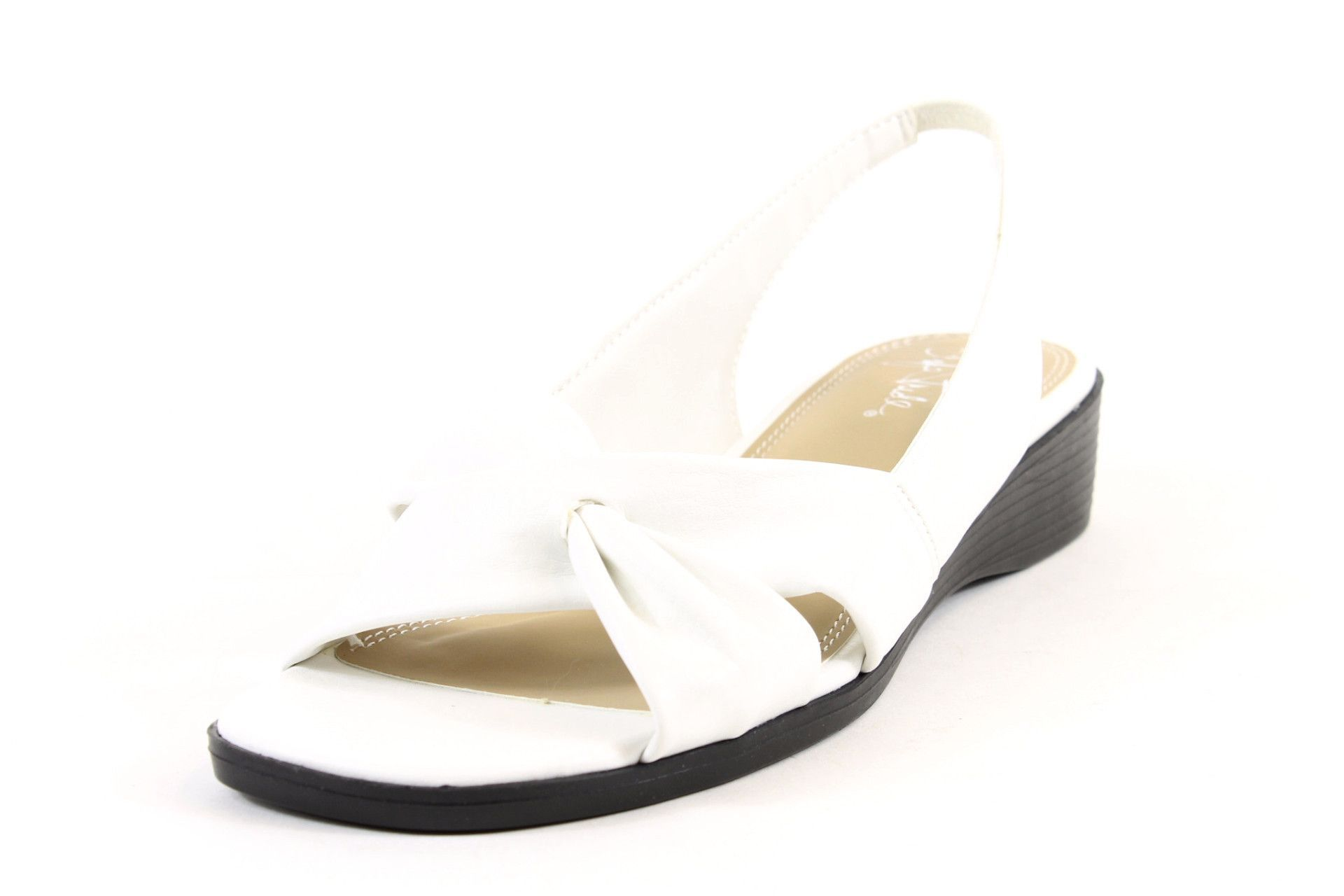 ac91fd79610f Life Stride Mimosa White Duncan Sandals