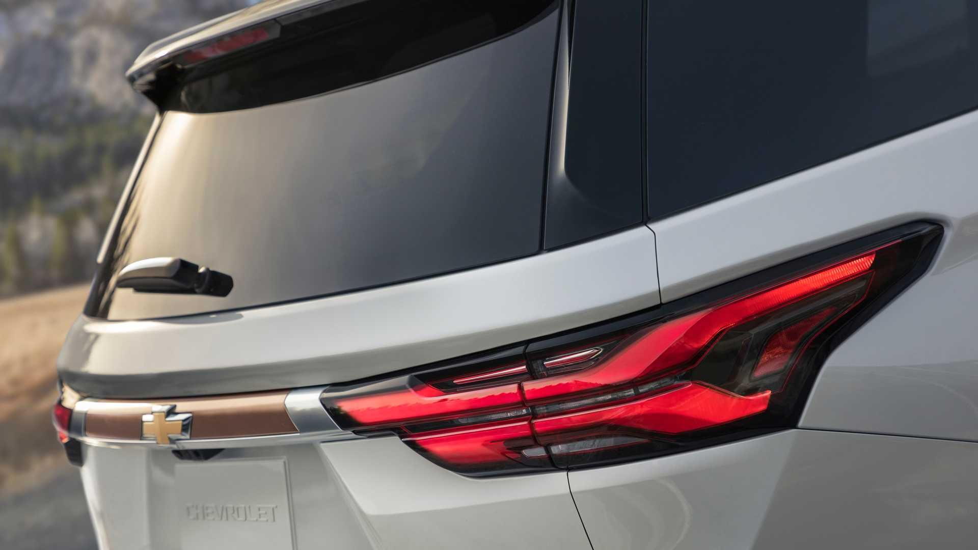 2021 Chevrolet Traverse Adds Safety Gear, Style And Cabin
