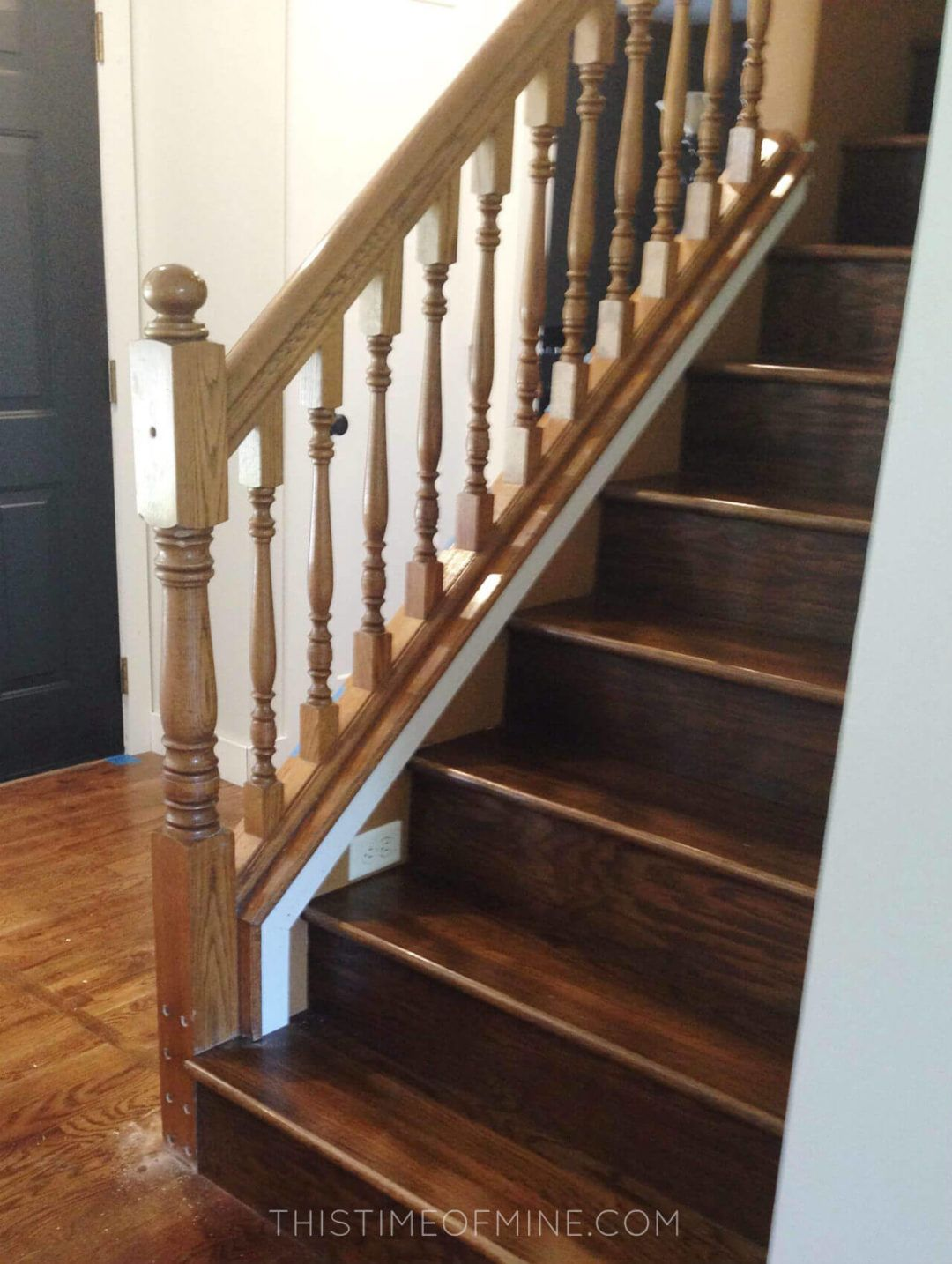 A Diy Oak Banister Makeover Tutorial And Tips Stair Makeover