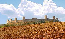Monteriggioni – Veduta - Monteriggion di torri si corona ( Dante, Inferno, XXXI, 41 )