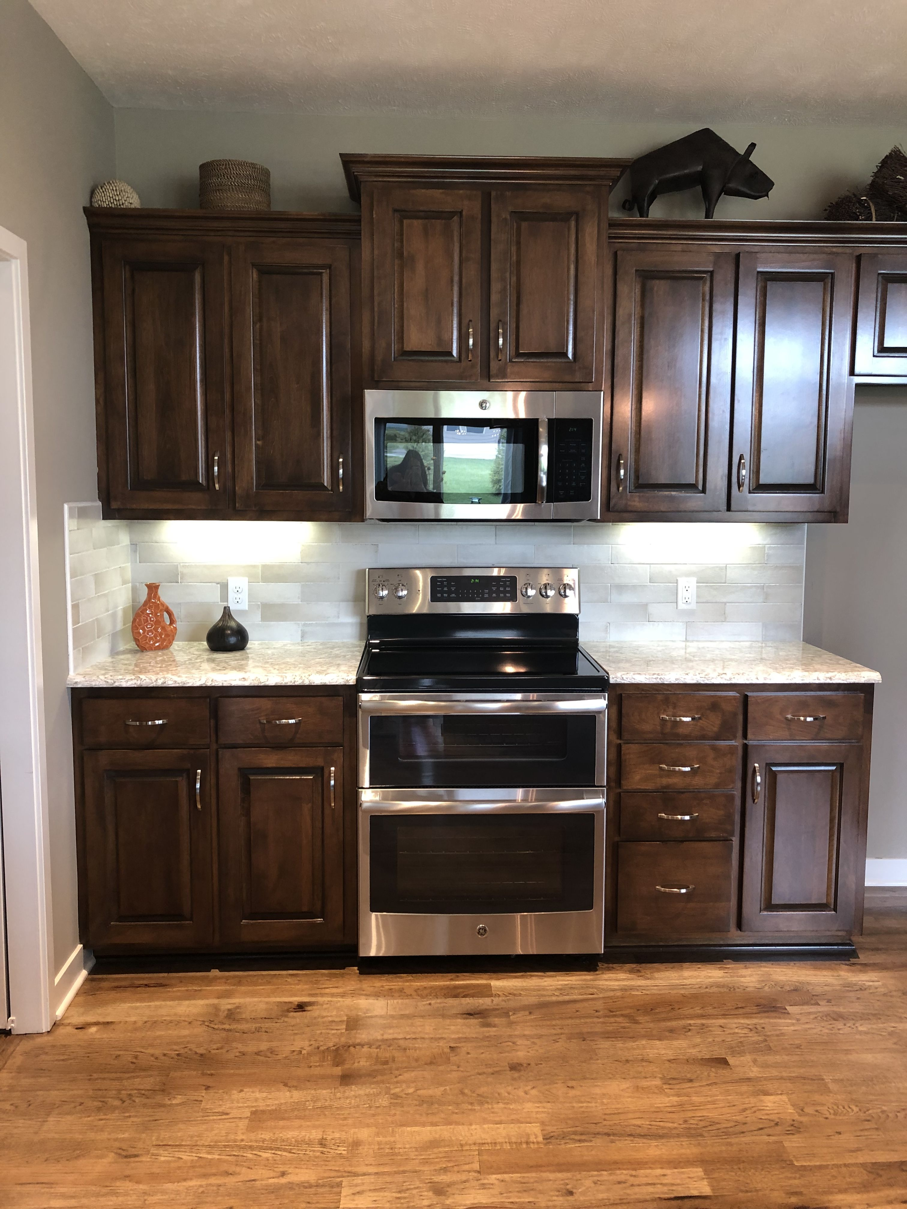 Pin By Heather P On Building Our Dream Home Kitchen Design Kitchen Cabinets Kitchen
