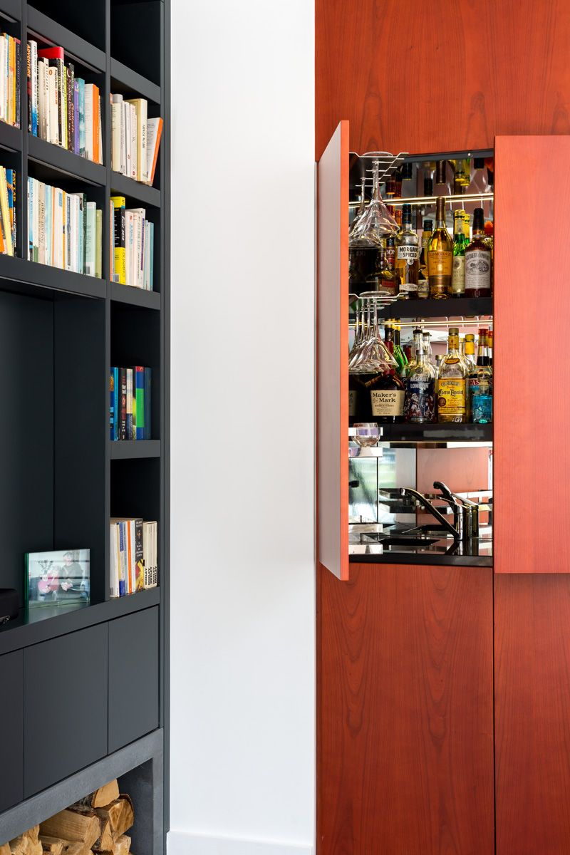 Briarwood Road - Granit Living room joinery - Mini bar with ...