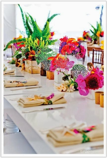 Seaside and bright table scape