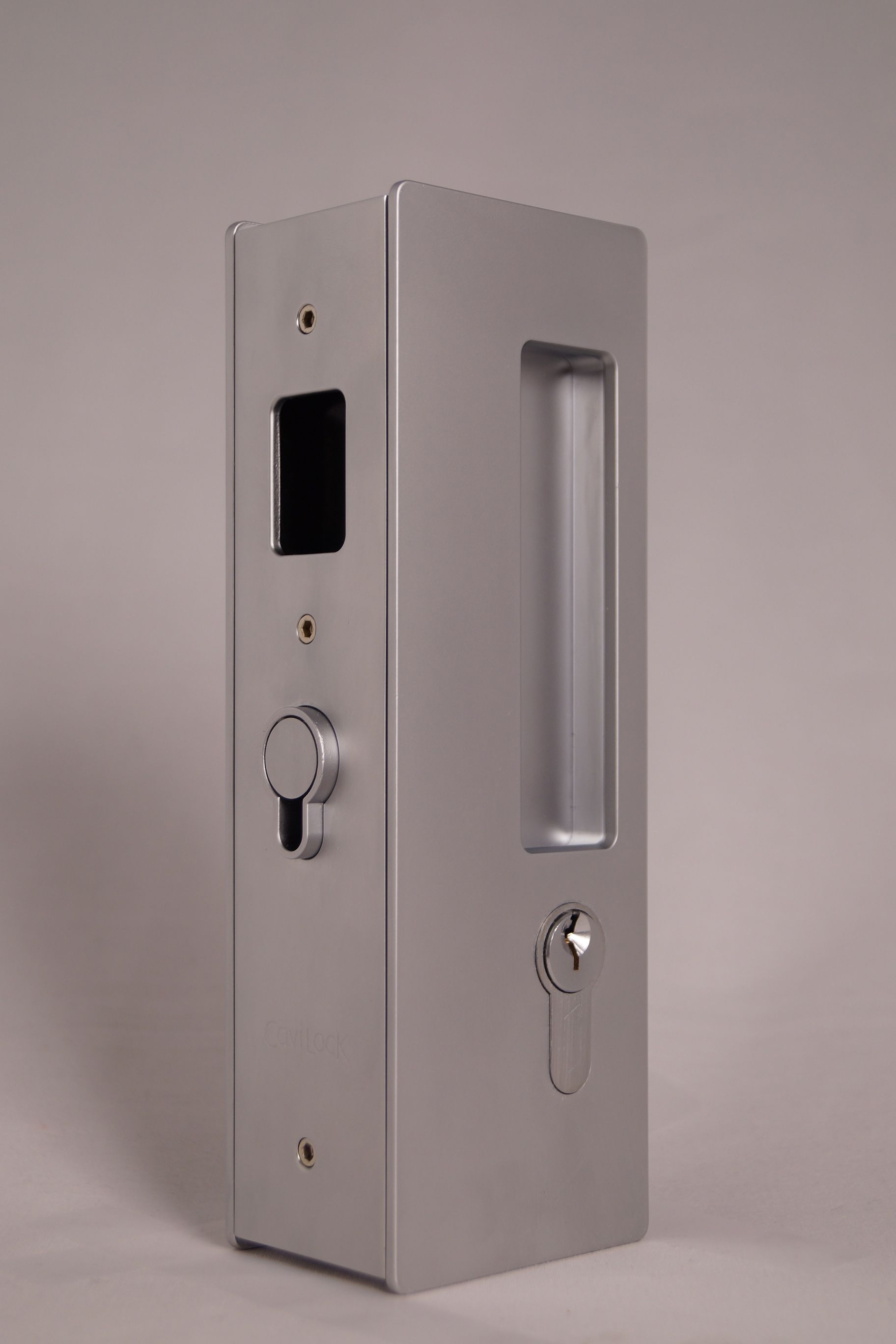 Cl400 Magnetic Key Locking Option In Matte Chrome Finish