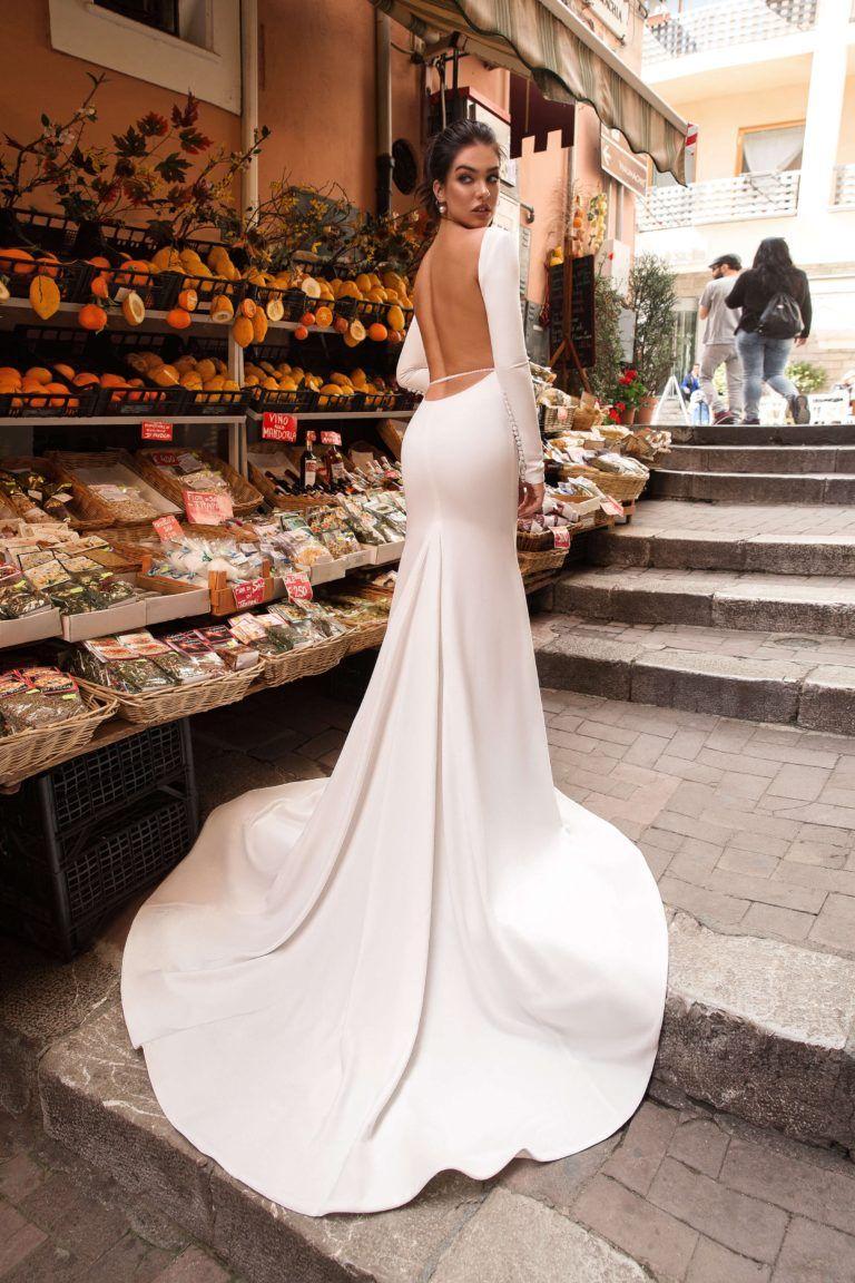 Innocentia Luxurious Glam Wedding Dress Low Back Wedding